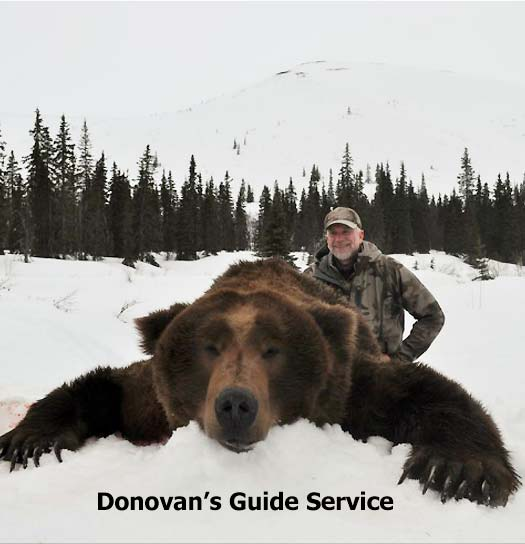 Alaska Brown Bear hunting guide, Donovan's Guide Service